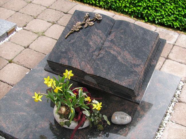 Urnengräber
